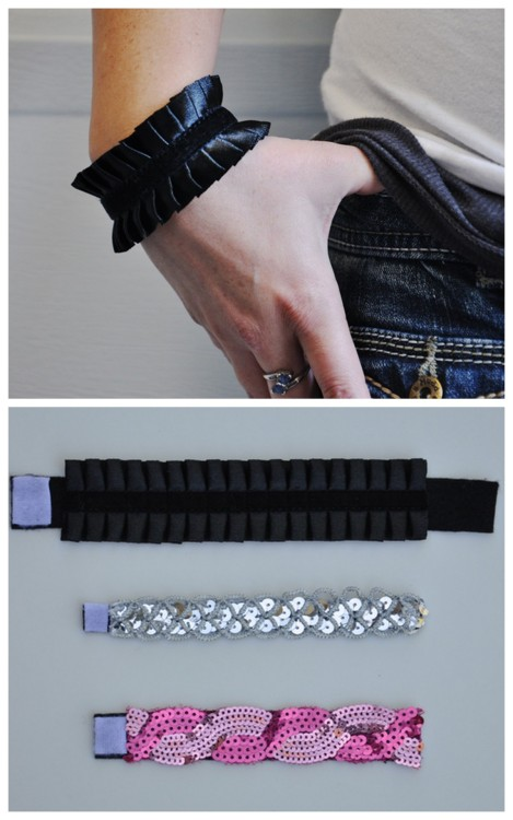 DIY No Sew Easy Trim Bracelet Using Ribbon, Sequin, or pom pom trim. The possibilities are endless with this super easy to make bracelet. Tutorial from Susan from Living with Punks for Momtastic here. EDIT: A little controversy surrounding this. If you're interested READ HERE.