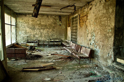 I would love going to get a check-up if the waiting room looked like this.