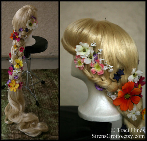 OMG WANT. And I hate wigs….