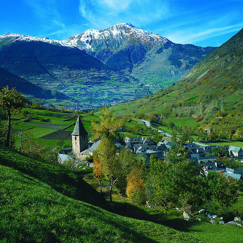 Spain - Pyrenees, Escunhau (by visiteurope.com)