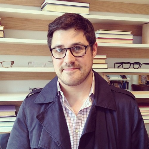 I am a big Mad Man nerd!  warbyparker:  A Mad Man in the showroom: Rich Sommer in the Bensen frames.