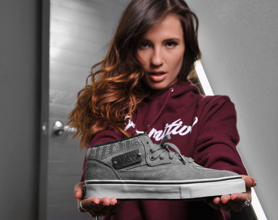 "Primitive x Vans ""Cable Knit"" Half Cab - Primitive celebrates the 20th anniversary of the Half Cab with this exclusive pair.  Featuring premium details such as pig suede, cable knit detailing, a gunmetal plaque replacing the usual logo and more, the shoe is available now for $84.99."