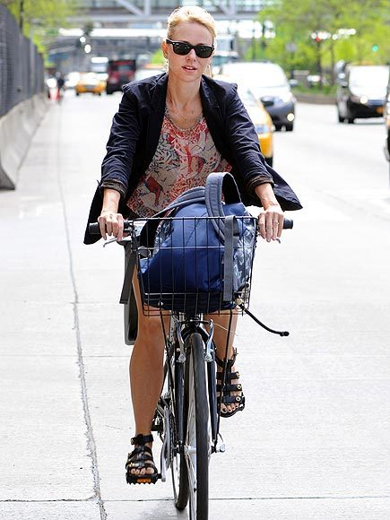 "Naomi Watts doesn't wear a helmet while biking in NYC even though she knows she'll be chased by paparazzi. Naomi, you really need to read this article. (I haven't stopped thinking about it.) When you get on a bike in NYC, you are in essence giving up your rights (according to the NYPD, drivers can break the law and kill you with impunity — they just can't break two laws and kill you — and bikers who get in accidents with pedestrians ""will now be treated and recorded the same as when a motor vehicle hits a pedestrian,"" which puts the biker at fault). The onus is on you not to be involved in an accident, even if the driver or pedestrian is acting like a blatant ass. The one right you really have as a biker is the right to wear a helmet. If you, god forbid, get in an accident when you're not wearing a helmet, the NYPD may treat it as an indication that you were at fault. (They've done it before.) I really don't know why I care so much about people not wearing helmets — I mean, they're your brains — but I do."