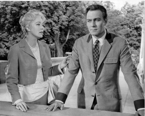 dontsitundertheappletree:  Eleanor Parker & Christopher Plummer in The Sound of Music.