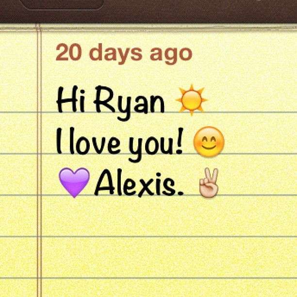 Alexis put this in my #notes so many days ago, I totally forgot to check it. It made my day brighter. ❤ #life #bestfriend #friendship #instagram #love #sixeluh @sixeluh #emoji (Taken with instagram)