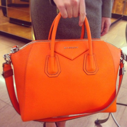 Around The Store: Givenchy Antigona