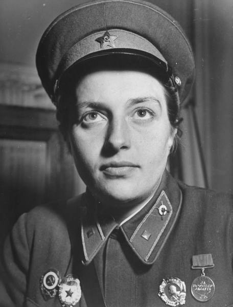 "lostsplendor:  Lyudmila Pavlichenko [1916-1974]: Successful Sniper during the second World War at age 24, History Student, Wartime Diplomat An excerpt from her bibliographical profile within the Military Channel reads: When Russian sniper Lyudmila Pavlichenko was interviewed by Time magazine in 1942, she derided the American media.  ""One reporter even criticized the length of the skirt of my uniform, saying that in America women wear shorter skirts and besides my uniform made me look fat, "" she said.  The length of skirt probably didn't matter to the 309 Nazi soldiers Pavlichenko is credited with killing, or to the many Russians she inspired with her bravery and skill."