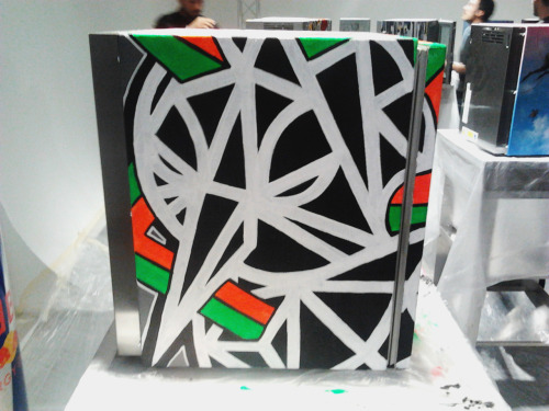 SOLOMOSTRY live paint for Red Bull - Curates Canvas Cooler 2012 17.04.2012 - Design week, Milano //Side left of the fridge//