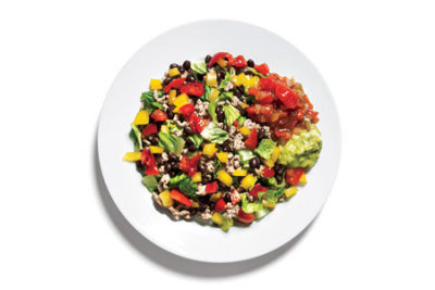 foodloveandgettingfit:  Lunch: Taco Salad 4 oz lean ground turkey cooked with taco seasoning  1/4 cup black beans  2 Tbsp salsa  1 1/2 cups chopped romaine lettuce*  1/4 cup chopped yellow peppers 1/4 cup chopped tomatoes  2 Tbsp guacamole  *Romaine is rich in nutrients—and water! Water can help fill you up and may reduce the overall number of calories you consume. Total: 344 calories  - Women's Health Magazine