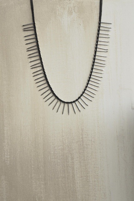 want this necklace by beatriz tellez.