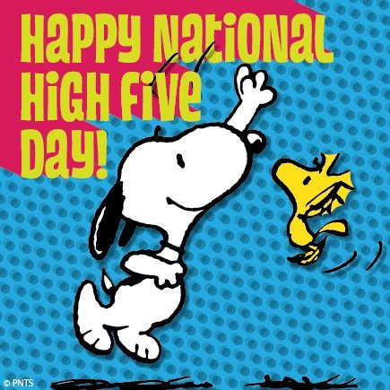 little-toons:  Happy National High Five Day!  http://www.stayclassy.org/events/11th-annual-national-high-five-day/e9118Snoopy and a good cause. Please check it out!