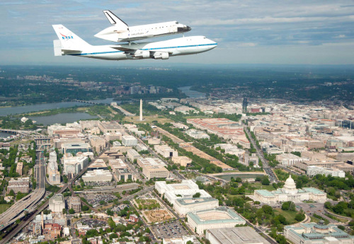 kalapattar:  Space Shuttle Discovery's Final Flight - In Focus - The Atlantic