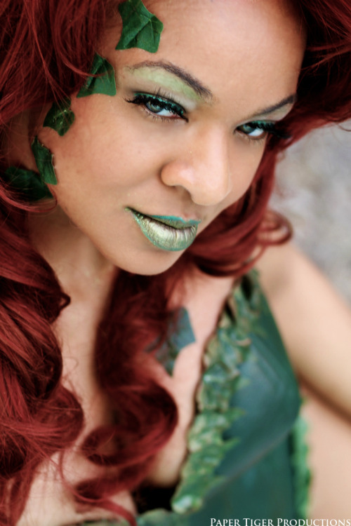 ladysisyphus:  papertigerphoto:  Poison Ivy; DC Universe Cosplayer: Coconut Jacobs  You know that cartoon wolf whose eyes and heart bug out while steam whistle sound effects go off? That was basically my reaction to this.
