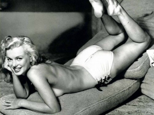 "Marilyn Monroe ""Life is what you make it. You're going to mess up sometimes. But the good part is you get to decide how you're going to mess up. Just because you fail once doesn't mean you're going to fail at everything. Believe in yourself, if you don't, who will? And most importantly…keep smiling, because life's a beautiful thing and there's so much to smile about."""