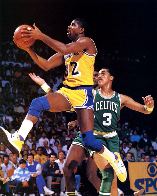 Magic Johnson - Converse Weapon Photo: Manny Millan