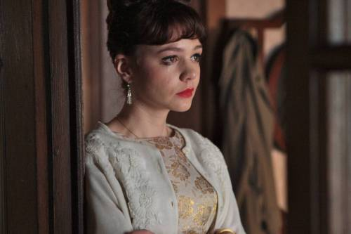 bohemea:  Carey Mulligan in An Education