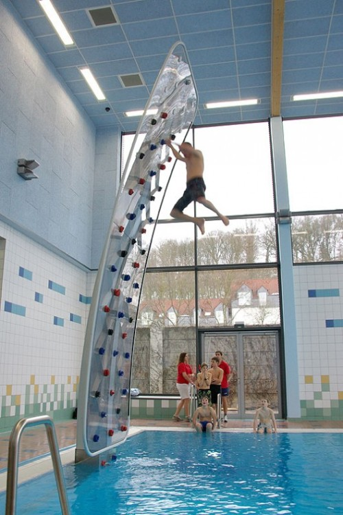h0pesanchored:  omg this looks so fun fgudhbijnskml