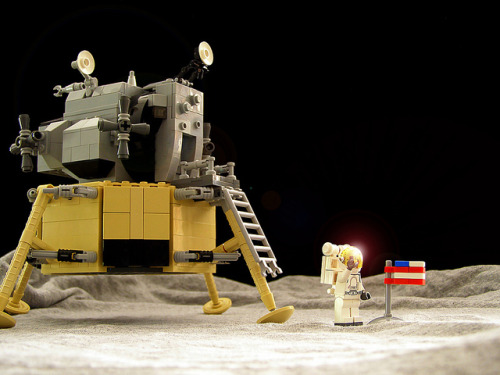 Apollo 11 Moon Landing by Legohaulic on Flickr.