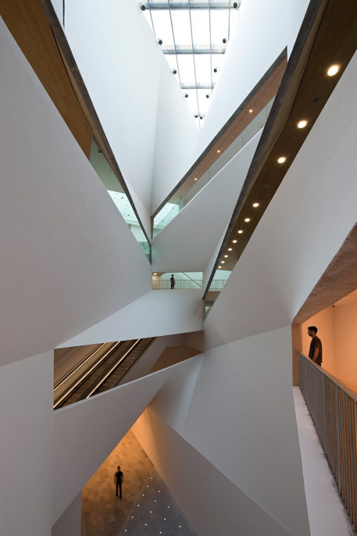 sammyboldt:  Tel Aviv Museum of Art by Preston Scott Cohen