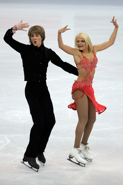Ina Demireva and Juri Kurakin skating to music by Louis Armstrong for their original dance at the 2009 World Championships. Photo by Kevork Djansezian.