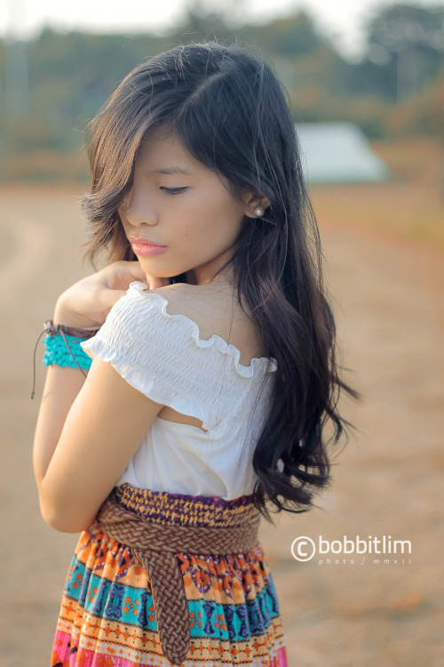 zabischic:  I'm in love with Aztecs and Boho.   PHOTO BY BOBBIT LIM POST PROCESSED BY ME