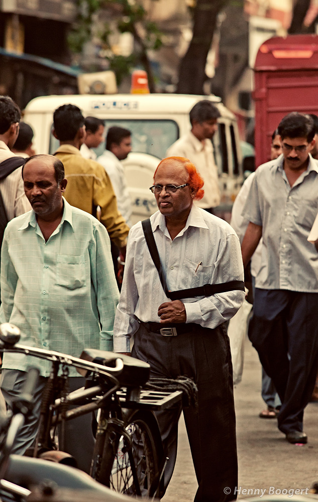 Today it's Orange | Life in Mumbai, India 2011