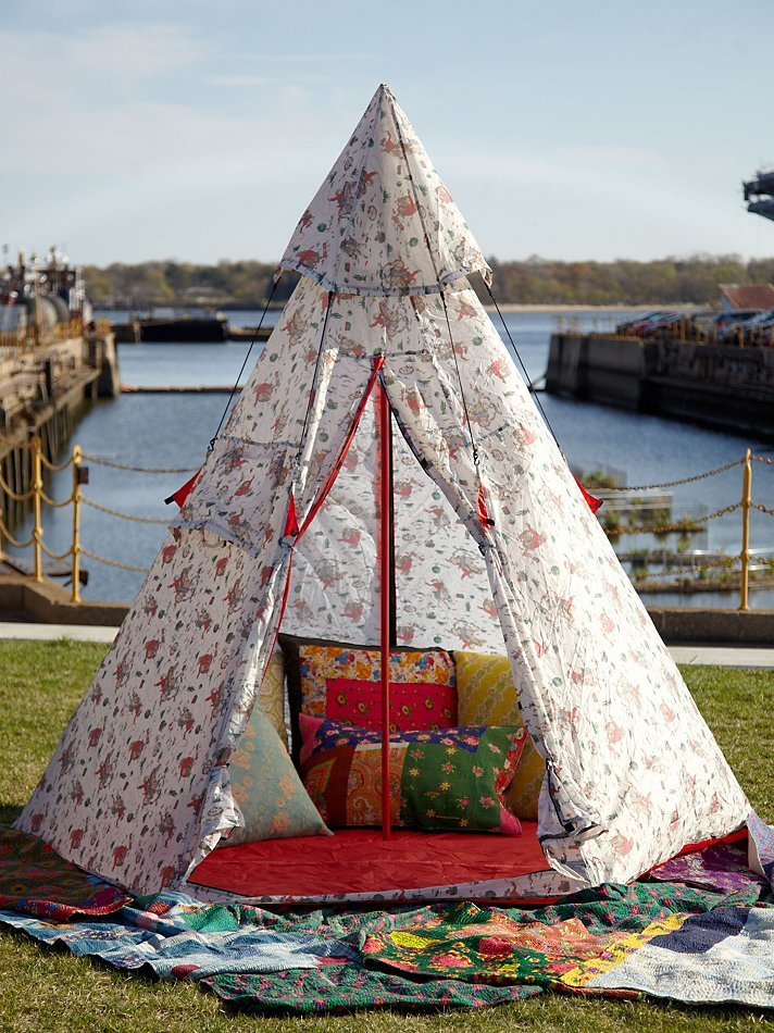 (via Cath Kidston Retro-Inspired Tent at Free People Clothing Boutique)