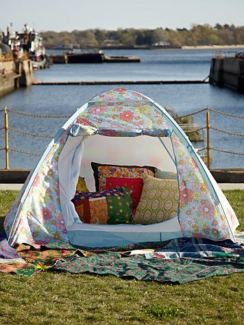 my kinda camping sweethomestyle:  (via Cath Kidston Retro-Inspired Dome Tent at Free People Clothing Boutique)