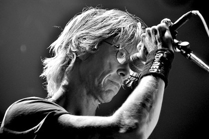 Scene Magazine covered Guns N' Roses bassist Duff McKagan's House of Blues reading of his memoir, IT'S SO EASY. Check out the amazing slideshow from the event here.