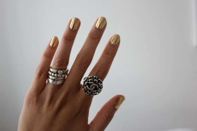 Metallic Gold Nail Wraps http://www.facebook.com/photo.php?fbid=297411853660307&set=a.225969164137910.53463.225961950805298&type=3&permPage=1