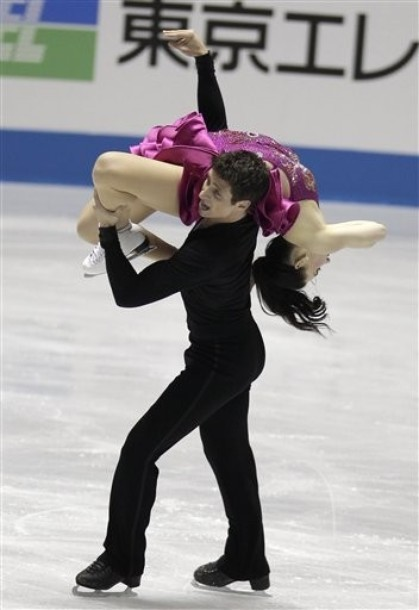 beautiful-shapes:  Virtue and Moir World Team Trophy 2012, SD