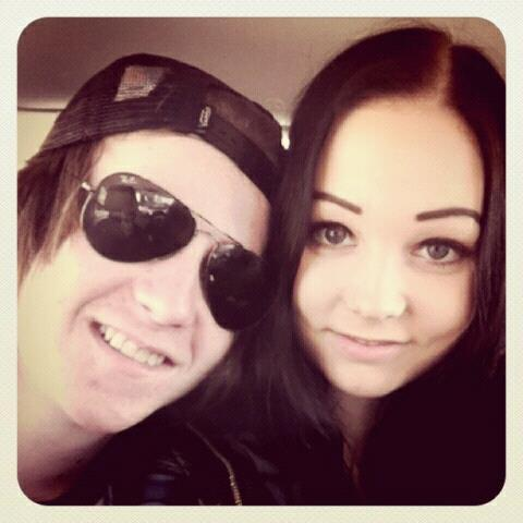 engelbrektsson:  This is me and boyfriend, I love him very much!He's the best person in the world. <3