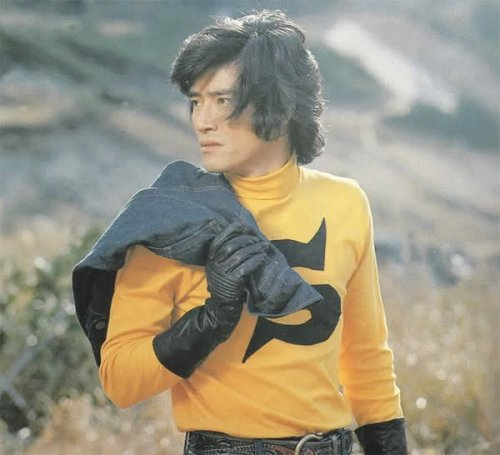 "RIP  Araki Shigeru, A.K.A. KAMEN RIDER STRONGER ""He went into critical condition on the 13th in the afternoon. His wife, the former actress Noriko, and Masami were constantly by his side. His heart stopped once in the night, but his family stayed by his side, recalling happy memories. When Noriko said, ""Papa, Kamen Rider was pretty cool,"" Araki began to breathe again, as if in agreement. Somehow he was able to make it through that day, but aspergillosis infected his lungs and he eventually succumbed to pneumonia."" THE HEAVENS CALL BACK FOR THEIR HERO"