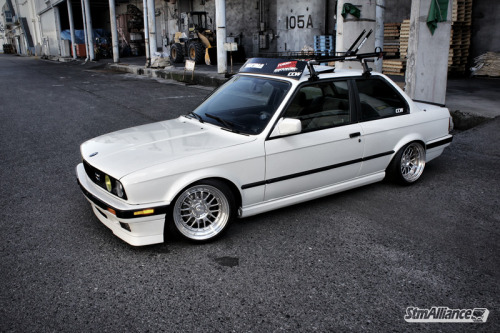 BMW (E30) 3-Series - Tune In