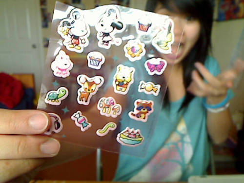 WADDUP. THANK YOU BELLE FOR THE STICKERS! Tumblr mail is the best ^__^