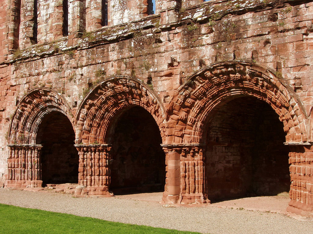 Emergency repairs to the ruins of Furness Abbey in Cumbria reveal some impressive medieval artifacts. (via Rare medieval treasures found at Furness Abbey | Archaeology News from Past Horizons)
