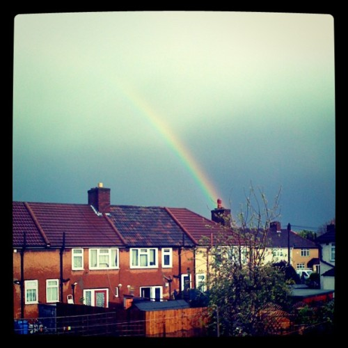 bella-green:  <3 #rainbow #LondonRainbow #loveweather! (Taken with instagram)