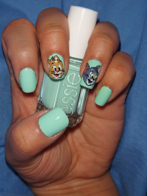 Your favorite cat and mouse duo, Tom & Jerry, using Essie's Mint Candy Apple, one of my all time favorite colors!Enjoy! :)