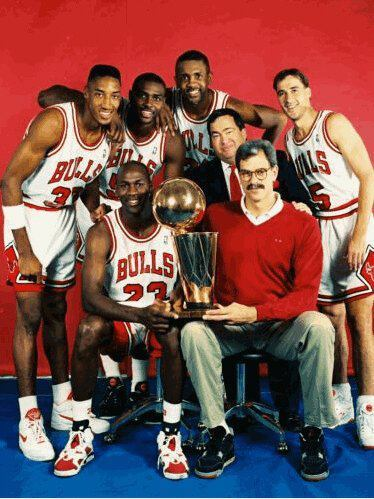 antatgwhh:  Jordan rockin the Carmines and Phil with the 4's #BossShit