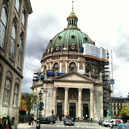 #copenhagen #travel #vacation #kobenhavn #holiday #tourist #dome #church (Taken with instagram)