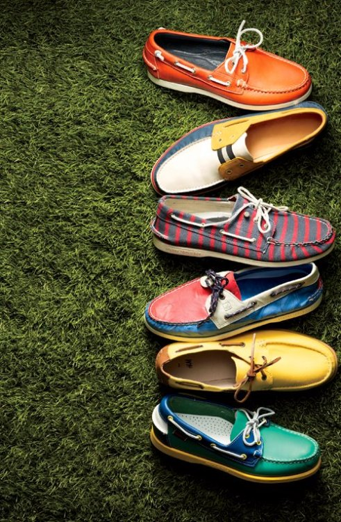 A nice smattering of quirky boat shoes, to welcome in the spring weather Why settle for browns & beige's, when the world offer so many colors!