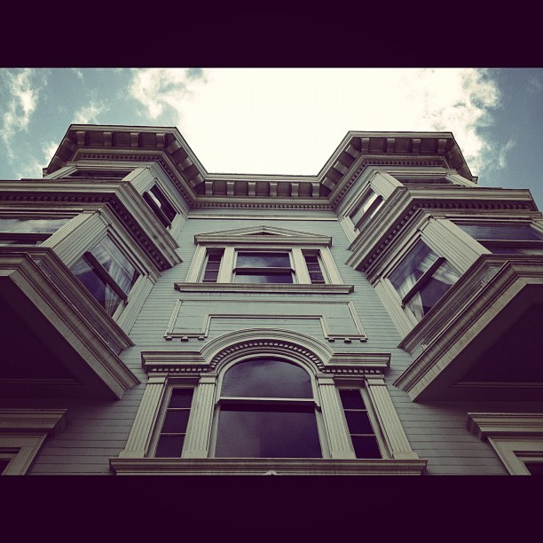 #art  #arch #architecture #sanfrancisco #sky #design #instamood #pattern #details #wood #old #vintage #retro #bayarea #city #clouds #sf #sfcity #home #house #building #buildings #windows #popularpic #picoftheday #photosoftheday #ig #igerssf #all_shots #blue #iphoneisia #travel #street #view #looking #up (Taken with instagram)