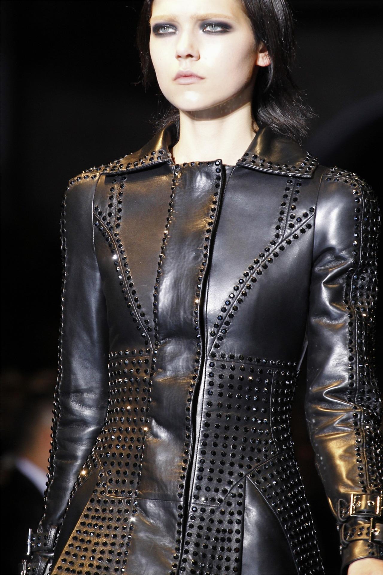 game-of-style:  Asha Greyjoy - Versace F/W 2012-13