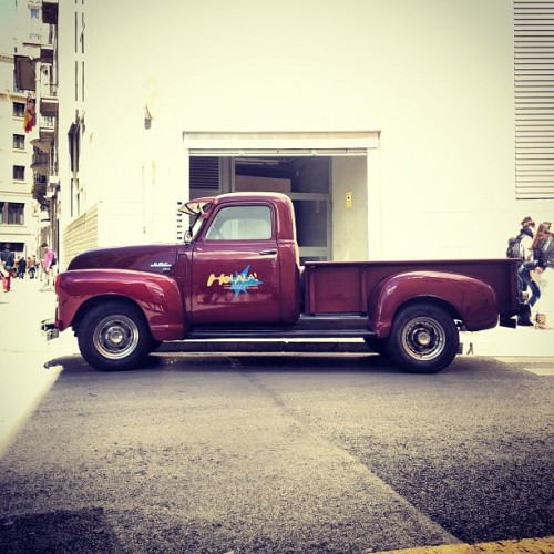 Bill's Motor Co. #retro #GMC #pickup #truck in #barcelona II  (Taken with instagram)