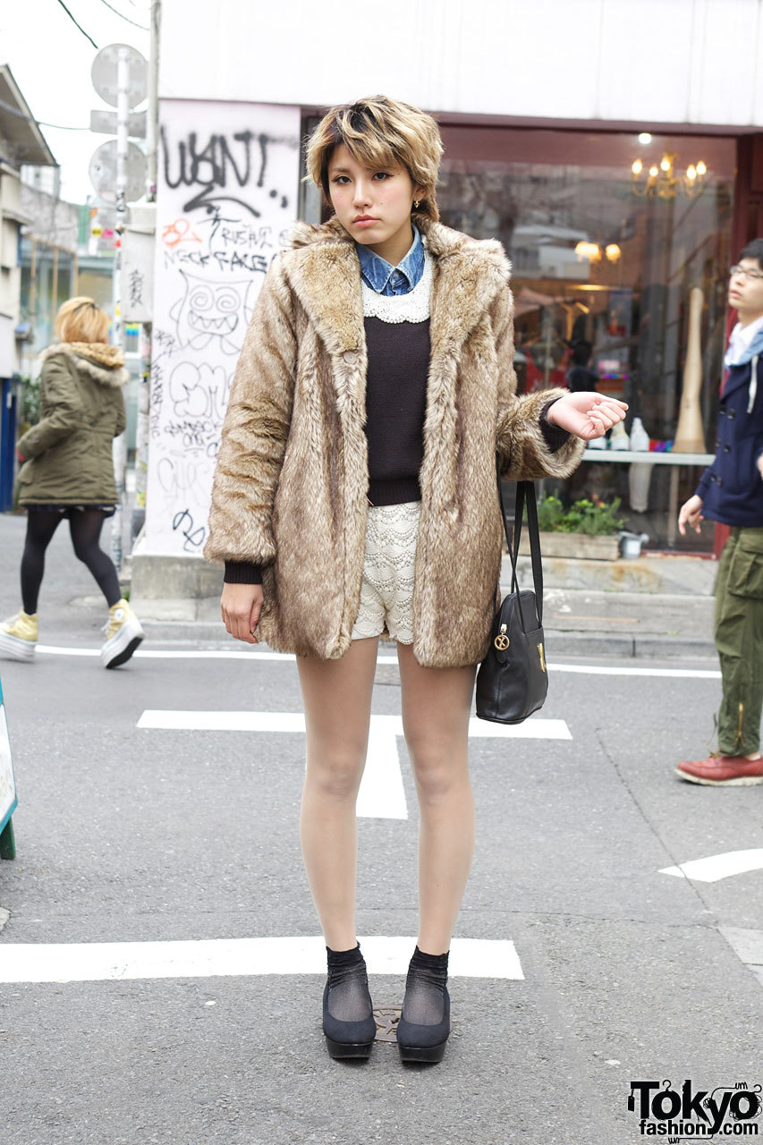 Lace remake shorts & black H&M platform pumps in Harajuku.