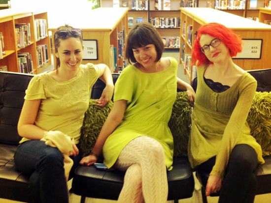 Jess Rothenberg, Nina LaCour, and Stephanie Perkins on the YA or Bust tour! Do we think they dressed alike on purpose? :) (Thanks to Steph, from whose blog I blatantly stole this photo.)
