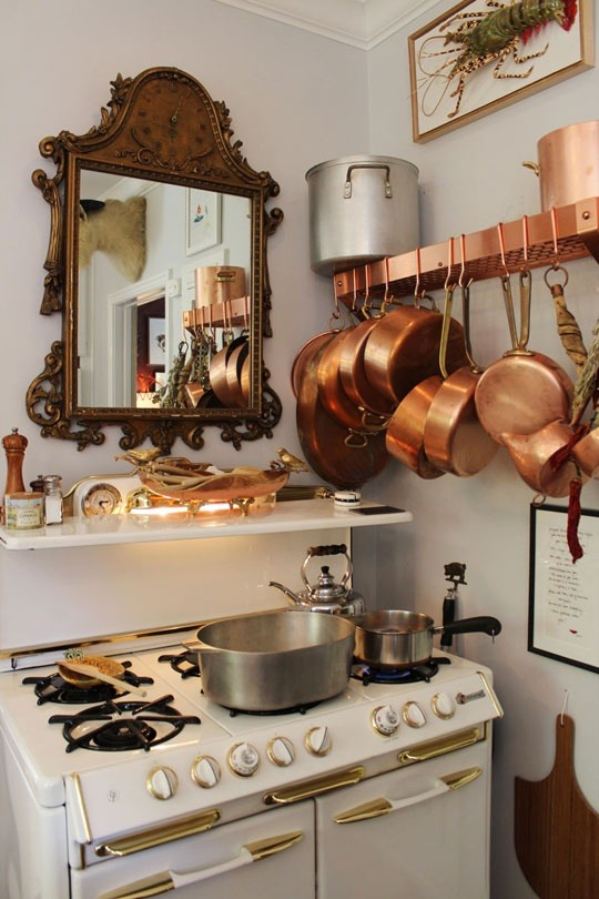 cvilletochucktown:  giveitawhirl:  Copper pots, 6 burner stove, lobster on the wall? Yes.  I'd like all of this copper. I wonder if they're Mauviel..