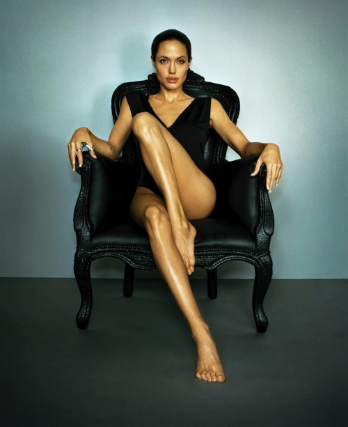 fvck3r:  Angelina Legs and Feet