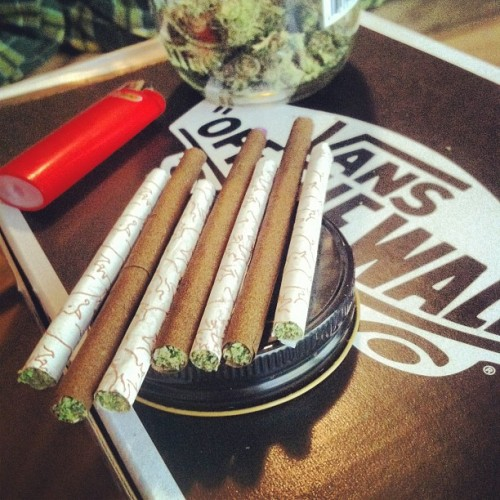 smokemorebleezys:  happy #420 smoke hella #marijuana (Taken with instagram)