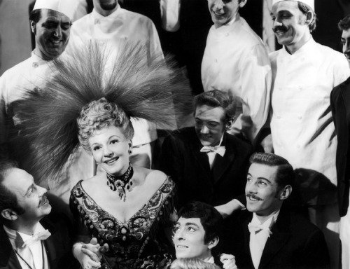 mattadoresit:  Mary Martin in Hello, Dolly!  there are some great 'staches
